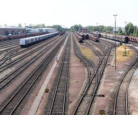Jetzt werden sie auch digital überprüft: Die Gleisanlagen von bremenports in Bremen-Grolland. Quelle: bremenports