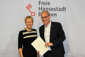 Senatorin Eva Quante-Brandt und Björn Portillo, 1. Vorsitzender des Branchenverbands bremen digitalmedia e.V.