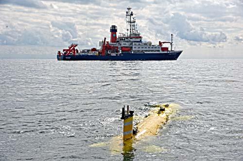 """Das """"Marum Seal"""" ist ein autonomes Unterwasserfahrzeug, das für den Tiefsee-Einsatz bis 5000 Meter Wassertiefe konzipiert wurde. Es dient unter anderem der Erkundung des Meeresbodenuntergrunds."""
