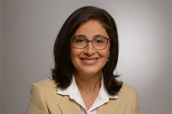 Portraitfoto von Sheila Beladinejad