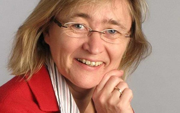 Portrait von Professorin Tanja Schultz